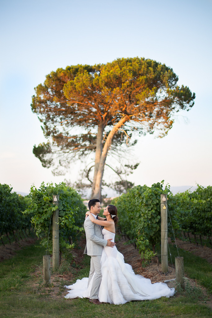 creative quirky wedding photographer melbourne